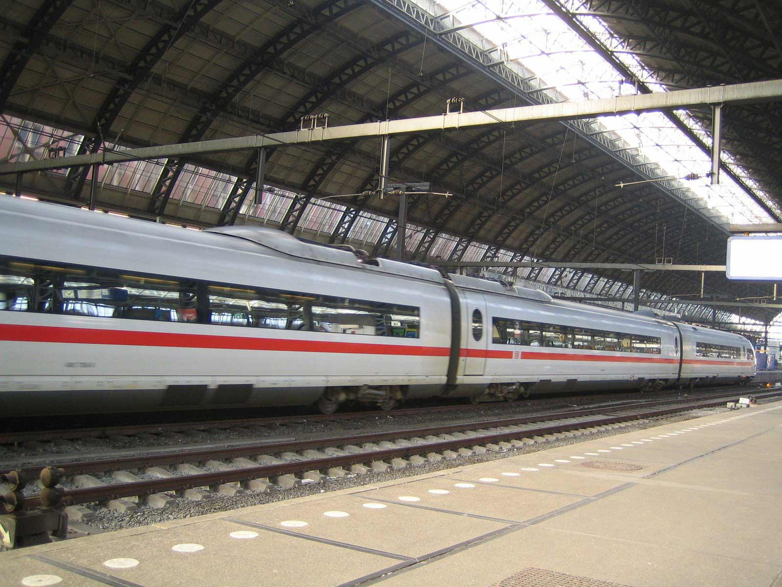 Milton Keynes Eurostar Transfers